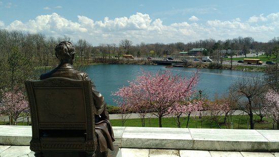 Hello Buffalo! Urban Hikes & Bikes: Criss-Crossing the Delaware Hike - view from south side of Buffalo History Museum
