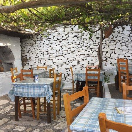 Manolates, Greece: photo1.jpg