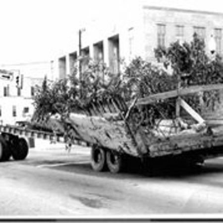 CSS Neuse Civil War Interpretive Center: Moving the CSS Neuse to Vernon Avenue in 1964