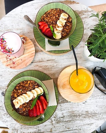 Casa do Açaí Brunch & Coffee: açaí bowls