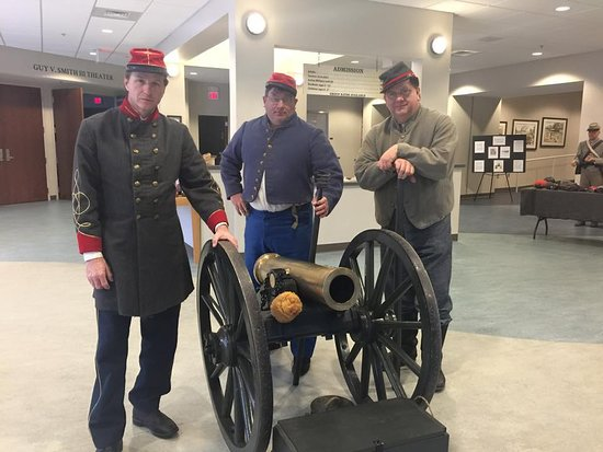 CSS Neuse Civil War Interpretive Center: Staff members getting ready for a hands on history program in 2017