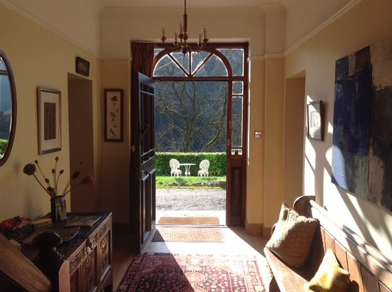 Llanwrtyd Wells, UK: Entrance Hall