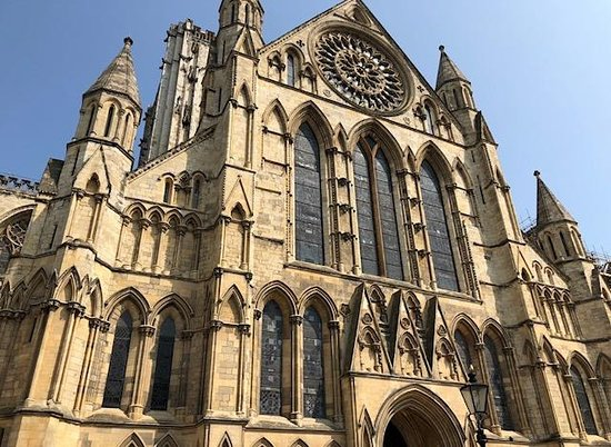 The Churchill Hotel: Front view of York Minster Cathedral in York, England