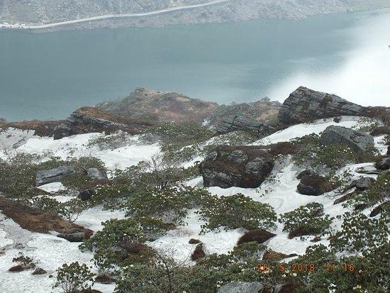 Tsomgo Lake ภาพถ่าย