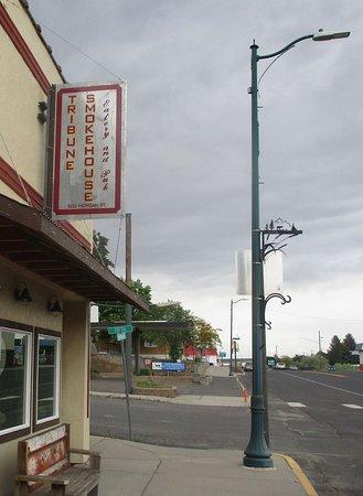 Davenport, WA: Exterior...