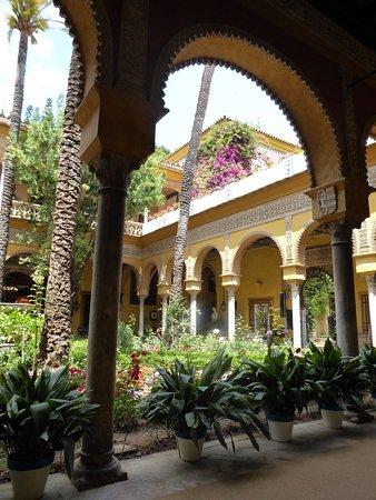 Las Duenas: Blick in einen der Gärten