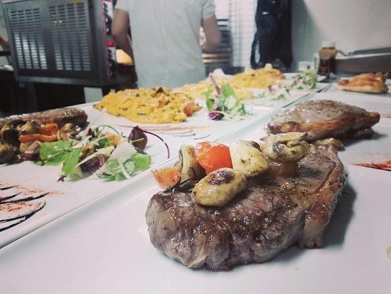La Piazza: Beautiful Steak