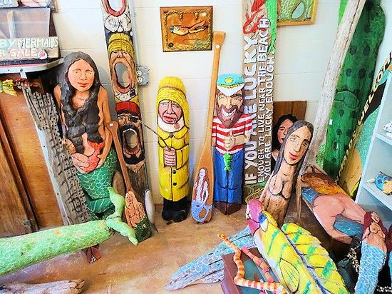 Swamp Art, Too : inside - amazing folk art and drift wood art