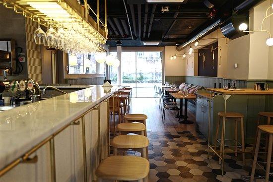 Base Vevey: Tandem Restaurant, Bar & Garden