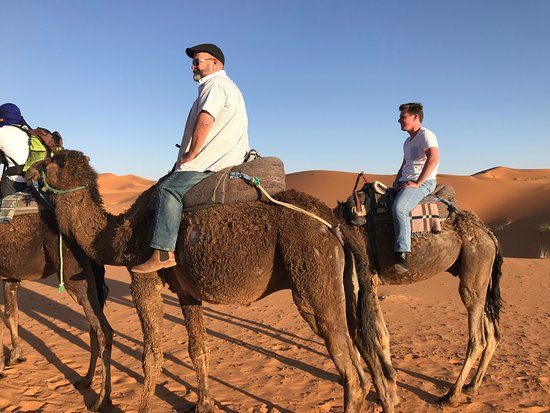 Morocco Arukikata Private Tours : Here we are in the Sahara