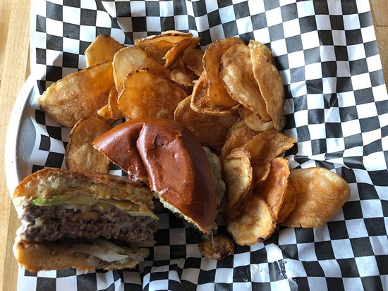 Winnetka, IL: Grass-fed beef burger with homemade chips.