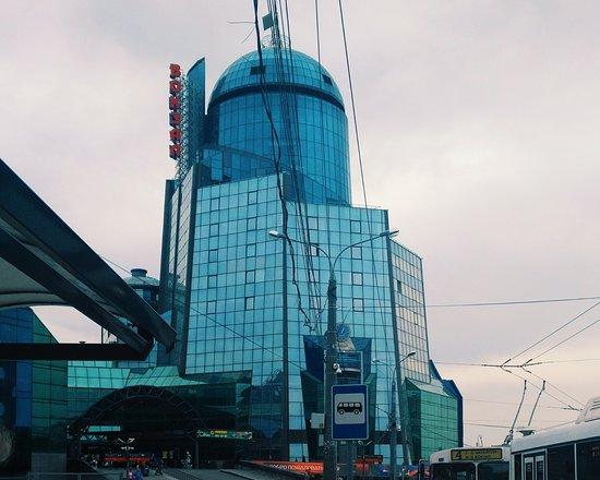 Samara Railway Station: Вот он самый высокий жд вокзал Европы)