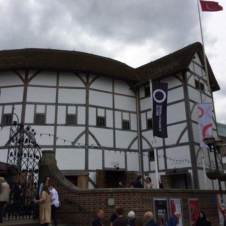 莎士比亚环球剧场照片