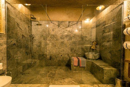 Dream Of Cappadocia: Deluxe Cave Suite Bahtroom