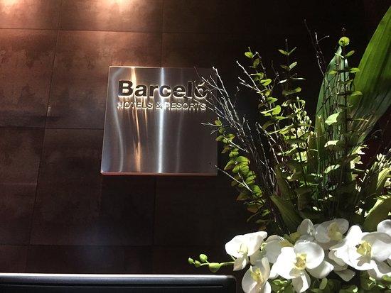 Barcelo Malaga: Lovely bed