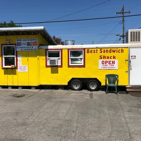 Best Sandwich Shack: Looks like a food truck added to a small shack in a parking lot