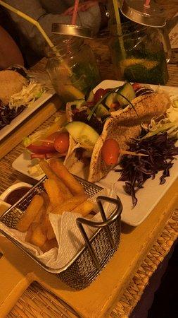 Corner Cafe: Plat falafel