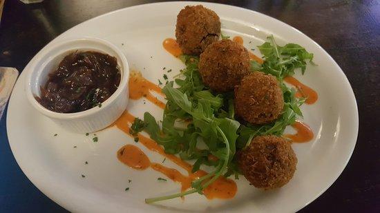 Benleva Hotel Restaurant: Haggis bon bons