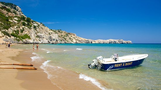 Dimitris WaterSports: Rent a Boat / Tsampika beach