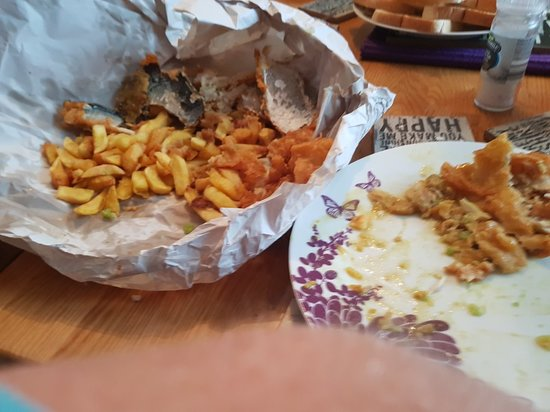 The Lighthouse Fish & Chips : Very disappointed with the order big mistakes.