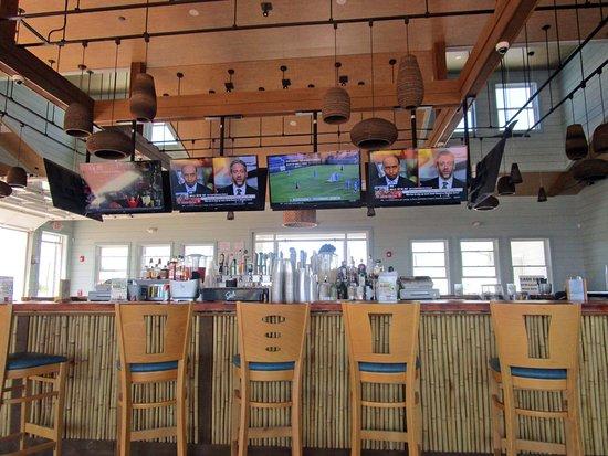 Sea Bright, NJ: Donovan's Reef Indoor Bar
