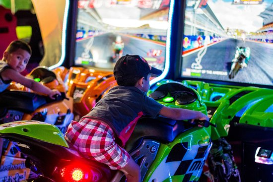 Jumping World: State of the art redemption arcade games