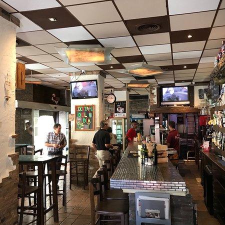 Restaurante merced 14 cafe en m laga con cocina otras for Cocinas malaga precios