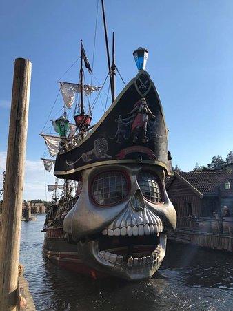 Abra Havn : Man vet aldri når sjørøverne kommer.
