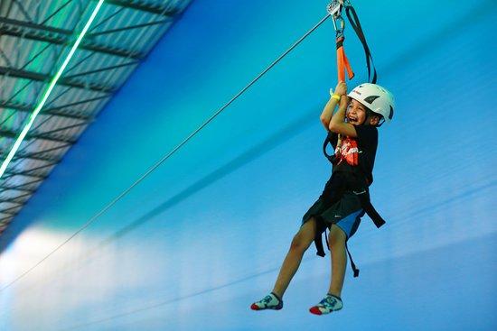 Jumping World: Zip Lining