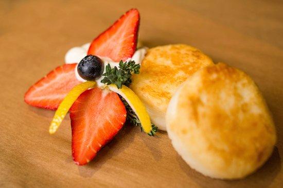 сырники с фруктами