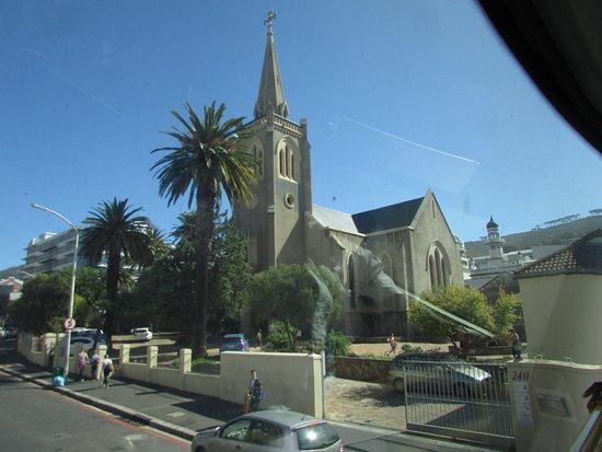 ถนนลอง: nice church
