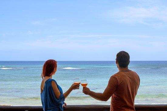 Valokuva: Villas DeRosa Beach Resort