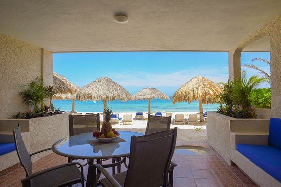 Villas DeRosa Beach Resort : One bedroom condo terrace view