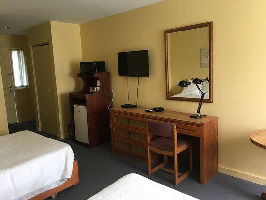 Annapolis Royal Inn: Room 26 - Standard 2 Double Beds