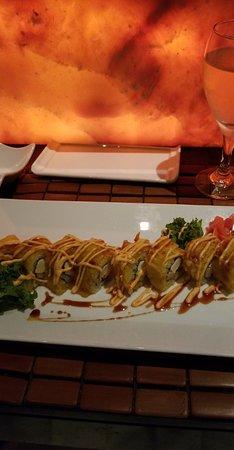 Valentin Imperial Riviera Maya: Tempura sushi (delicious!)