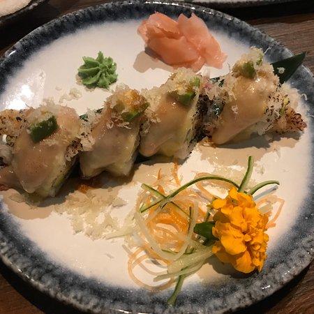 Insho: Alles super goed bereid en erg lekker: sashimi, ebi tempura, pekingeend, surf en turf, teppan be
