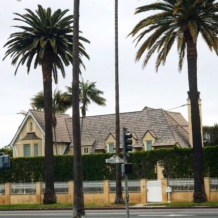 Glitterati Tours: Sunset Blvd is the main artery for celebrity homes tours in Hollywood, Bel Air and Beverly Hills
