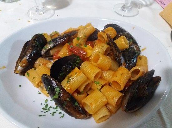Satriano di Lucania, Italy: 20180601_214409_large.jpg