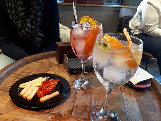 imagen TriBeCa Bar&Lunch en Santander
