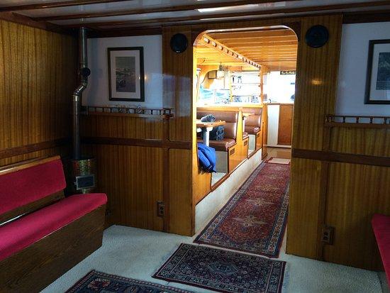 Lu Lu Belle Glacier Wildlife Cruises: Interior of Lulu Belle