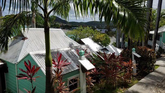 COCOS Hotel Antigua: Overlooking some of the rooms