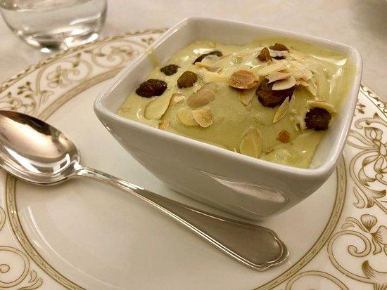 Ristorante Galante : Galato al pistacchio, cremino all'arancia, filetto di vitello, agnelotti