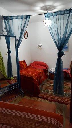Casa La Palma: Bed for a third person.