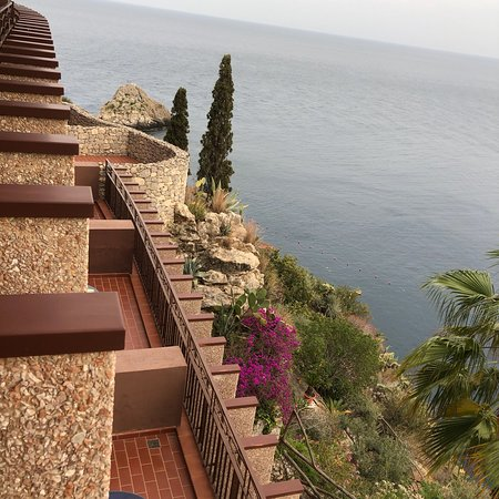 UNAHOTELS Capotaormina : Outside view