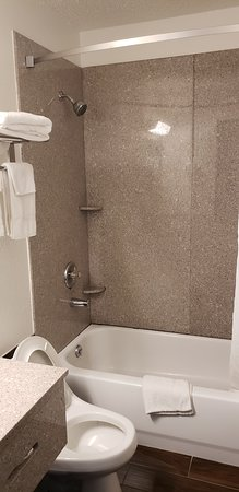 Super 8 by Wyndham Champaign: queen two bed non smoking