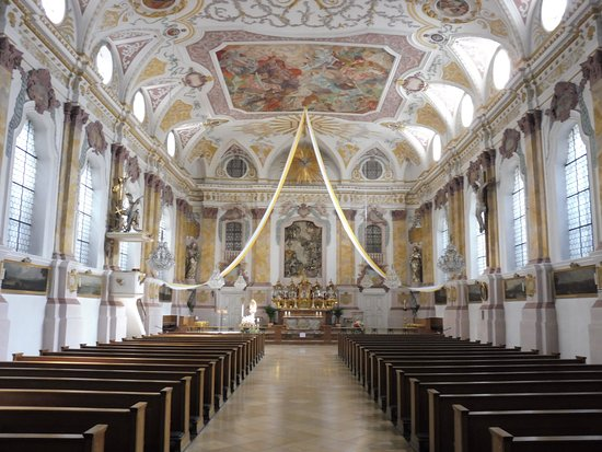 Burgersaalkirche: Church Interior