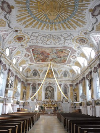 Burgersaalkirche: Church Art