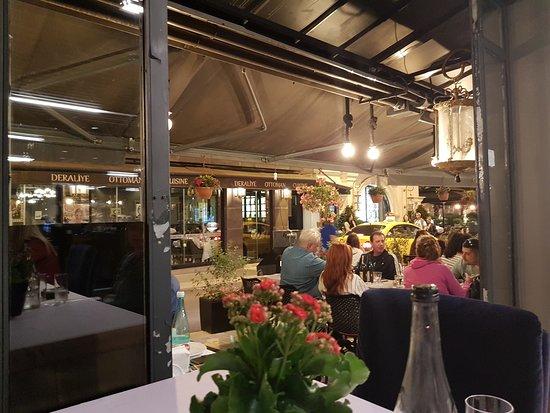 Sura Restaurant: Ausblicke ..