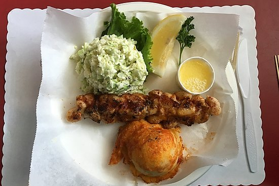 Tustin, CA: Lobster on a skewer, lunch portion.
