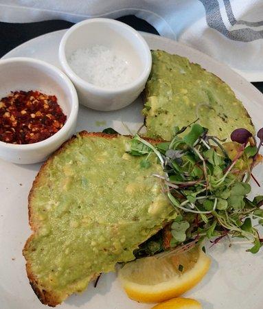 Magnolia Table : avocado toast